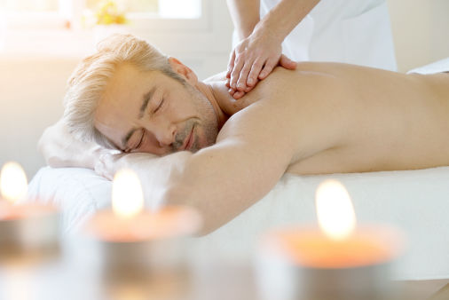 Massage (by Shutterstock)